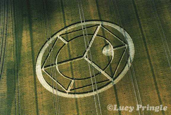 1999年7月17日麦田怪圈图片